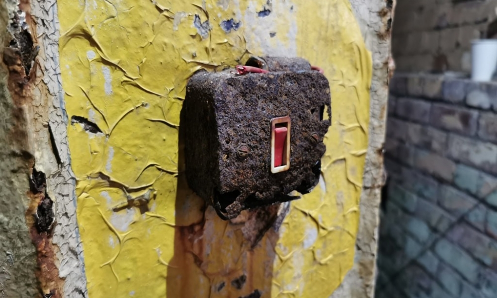 Mayfield switch 1 orig